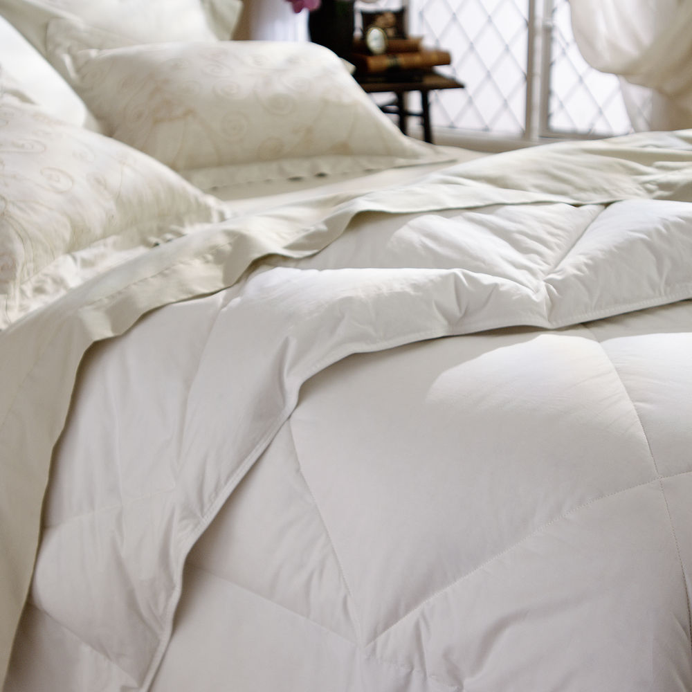 We ve taken our classic comforter and upgraded it with an increased amount of fluffy down and a higher thread count